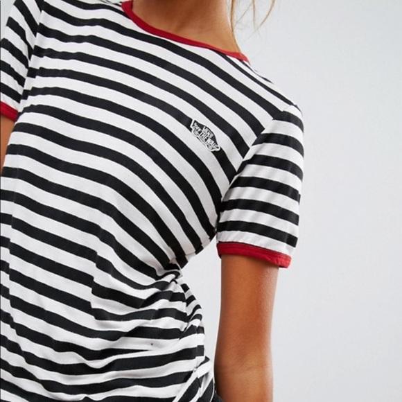 17790e84bc82e5 Vans Striped Ringer T-Shirt. M 5b1d833412cd4a48c03fb1f7